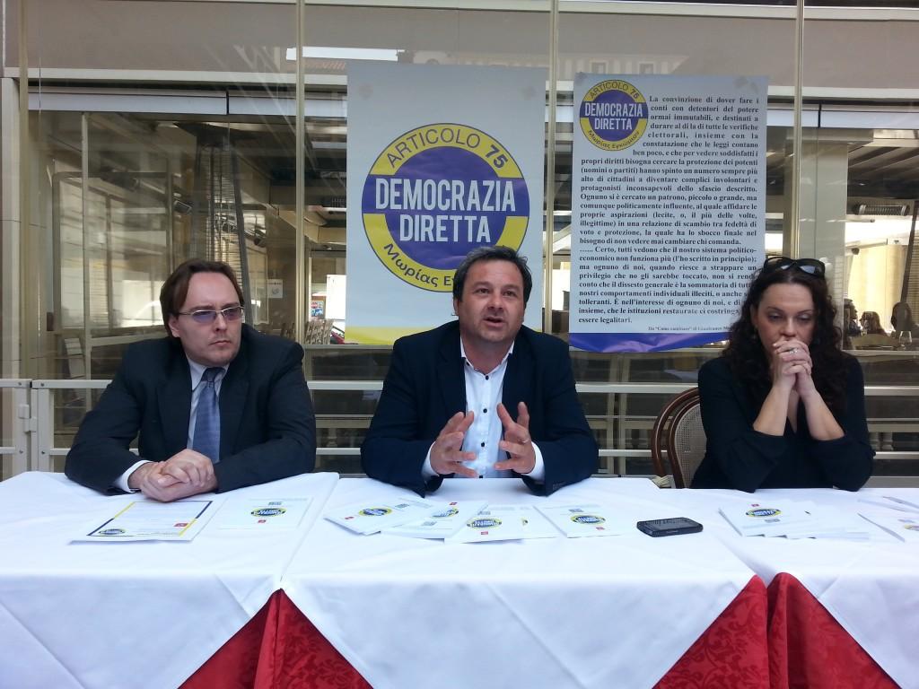 conferenza stampa democrazia diretta